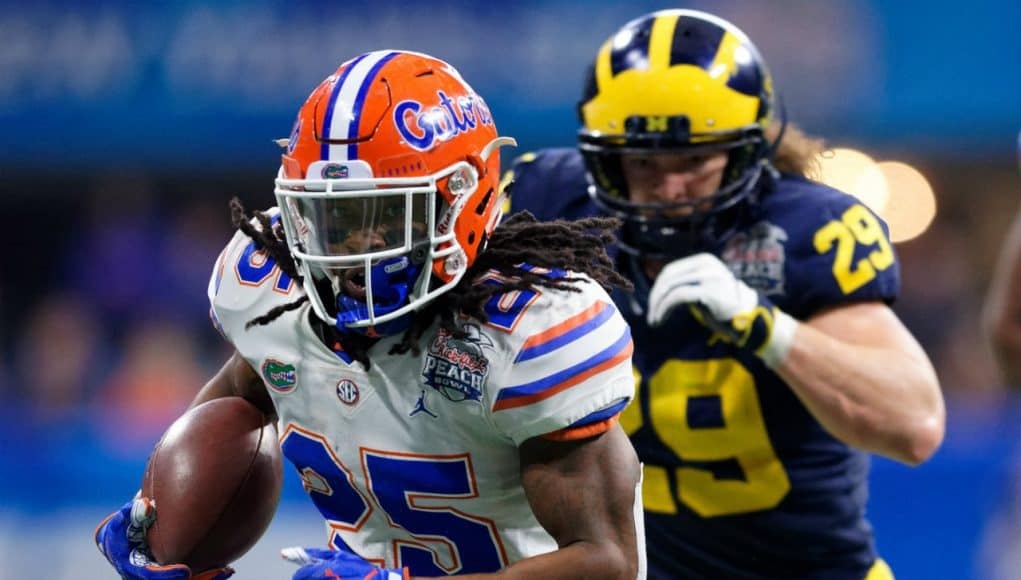 University of Florida running back Jordan Scarlett breaks free for a big run in the 2018 Peach Bowl against the Michigan Wolverines- Florida Gators football- 1280x853