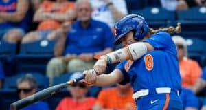Florida Gators softball infielder Hannah Sipos hits in 2019- 1280x854