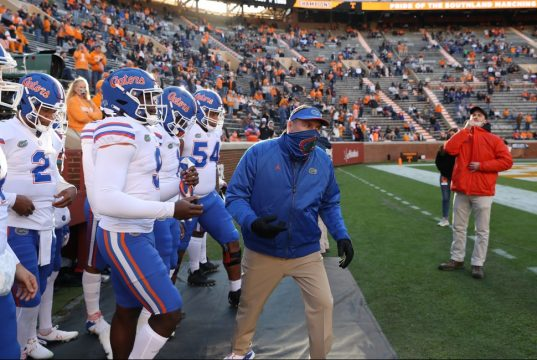 Dan Mullen and the Florida Gators enter the field at Tennessee- 1013x650