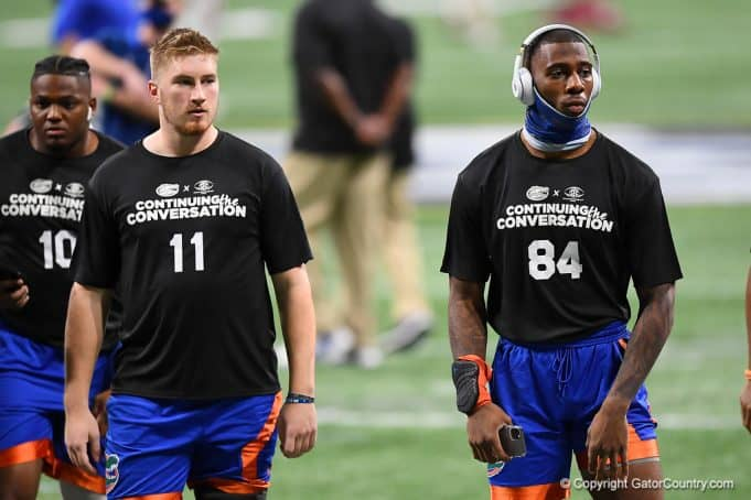 Florida Gators tight end Kyle Pitts and quarterback Kyle Trask warm up before the 2020 SEC Championship Game - 1280x854