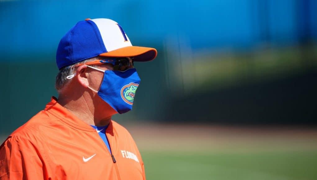 Florida Gators softball coach Tim Walton coaches against Kentucky - 1280x854