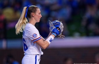 Katie Chronister pitches for the Florida Gators in 2020 - 1280x854