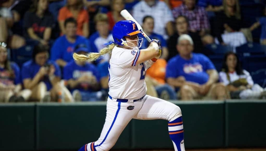 Florida Gators catcher Julia Cottrill hits in 2020 - 1280x854