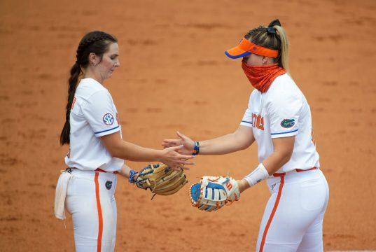 Florida Gators softball RHP Elizabeth Hightower pitches in 2021- 1280x853