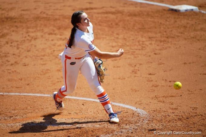 Florida Gators pitcher Elizabeth Hightower pitches in 2021 - 1280x854