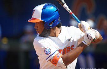 Florida Gators softball player Cheyenne Lindsey bats in 2021 - 1280x854