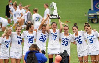 Florida Gators lacrosse holds regular season trophy- 1024x576