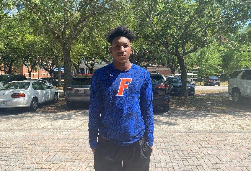 Florida Gators defensive end commit Francois Nolton at Florida's cookout- 850x638