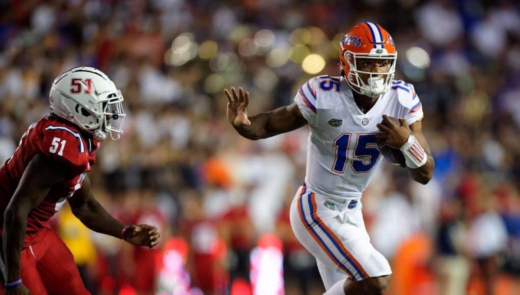 Florida Gators quarterback Anthony Richardson runs against FAU- 1280x1024