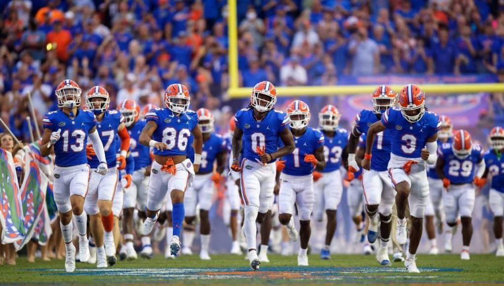 The Florida Gators enter the Swamp ahead of the Tennessee game-1280x853